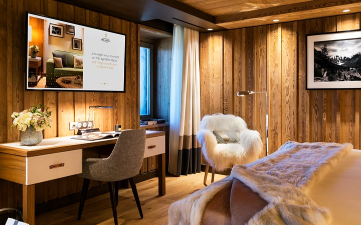 hotel-barriere-les-neiges-rooms