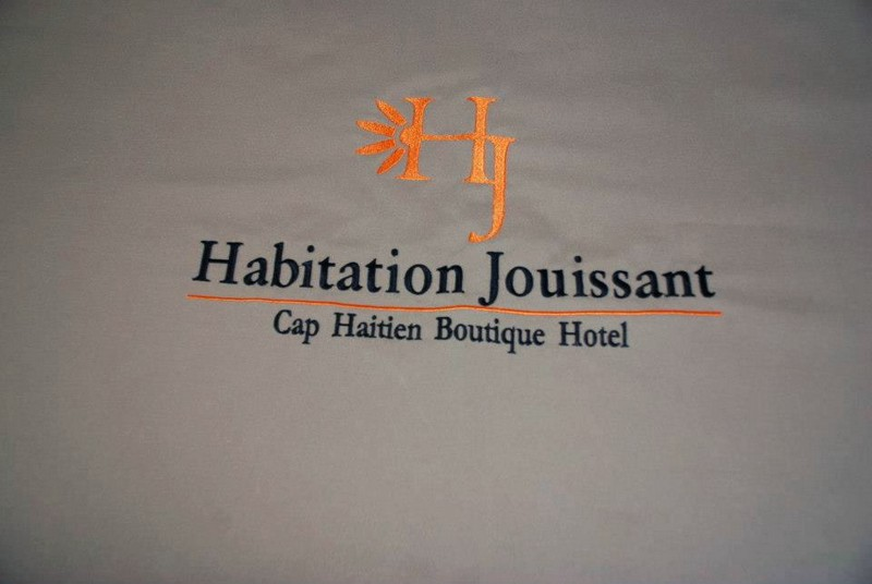 HaitiHabitation_Jouissaint-logo
