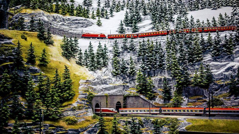 Hans-Peter Porsche TraumWerk -maerklin_model_train_alps_in_miniature