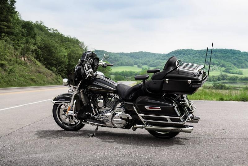 HarleyDavidson- Custom Ultra Limited.