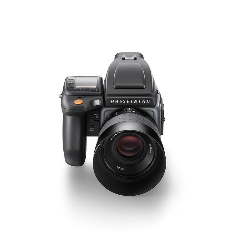 Hasselblad new H6D camera--