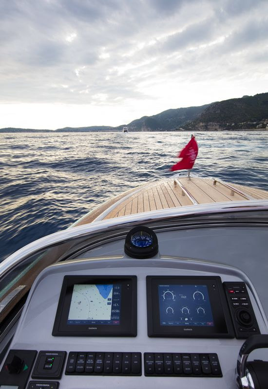 Hodgdon yachts 10.5 meter custom limousine tender 2016 -2luxury2-cockpit