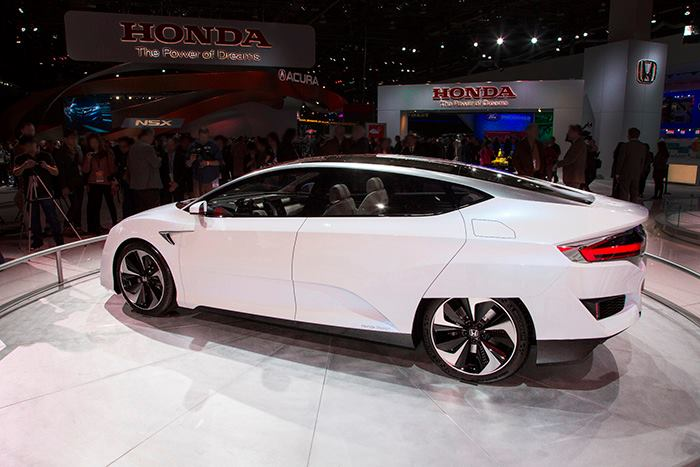 Honda's vision for the future of personal mobility - 2015 NYIAS