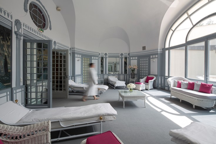 Hotel Royal - Evian Resort, Évian-les-Bains, France---007