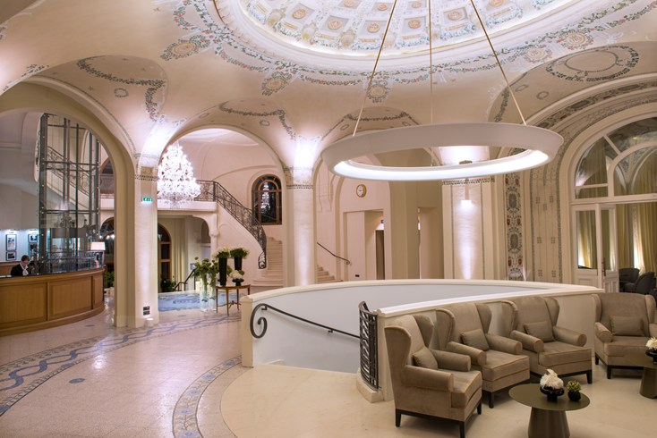 Five new authentic independent luxury hotels 2luxury2 com - Hotel royal evian les bains ...