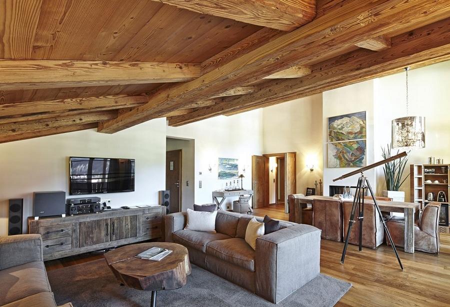 Hotel Tannenhof Master Suite Livingroom