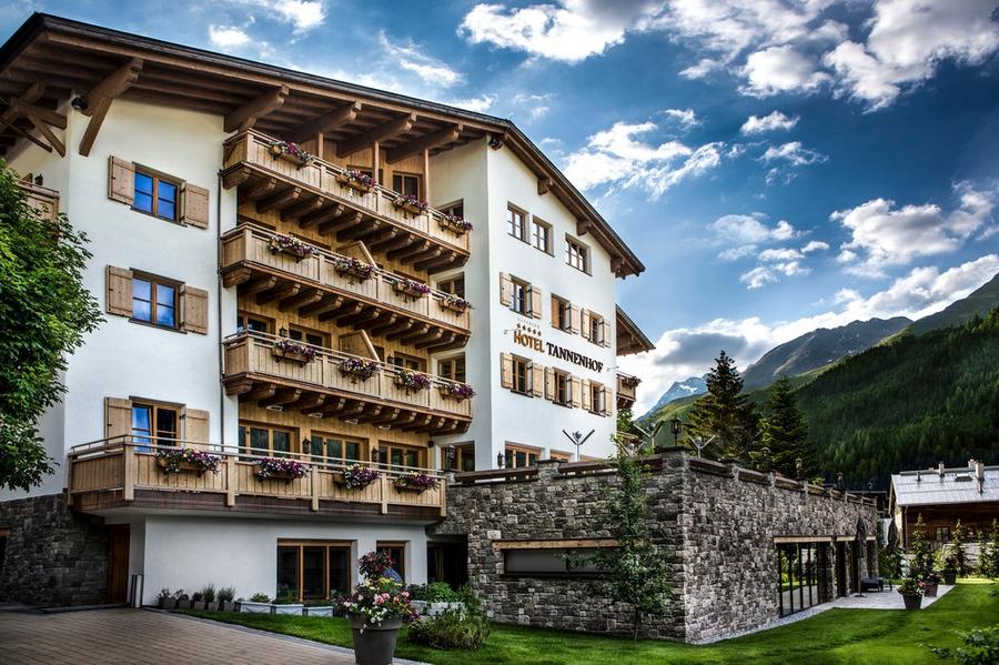 Hotel Tannenhof Summer