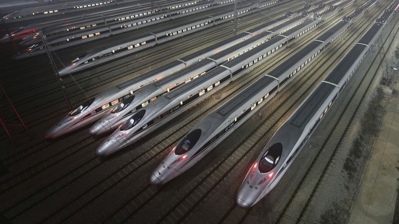 How to travel when you're mega rich and super busy - HighSpeedTrains