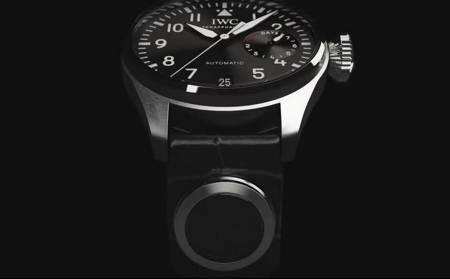 IWC Connect 2015 device by Swiss luxury watch IWC Schaffhausen-2015 model