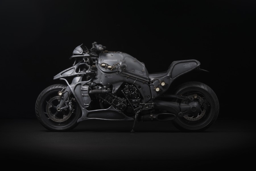 Ignite Straight Six project 2015 - six cylinders interpreted by Japanese