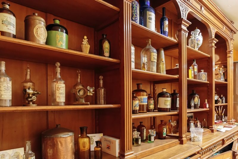 interview-with-dr-miroslav-sarac-ga-u-s-a-of-dr-isidor-apothecary