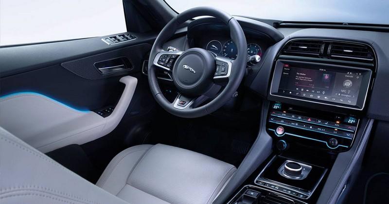Jaguar Fpace int