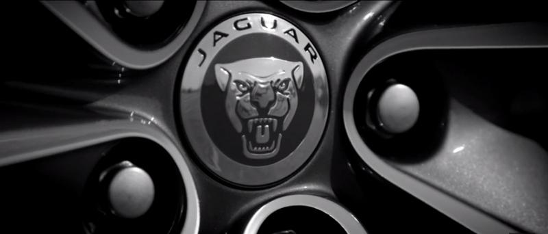 Jaguar XF logo
