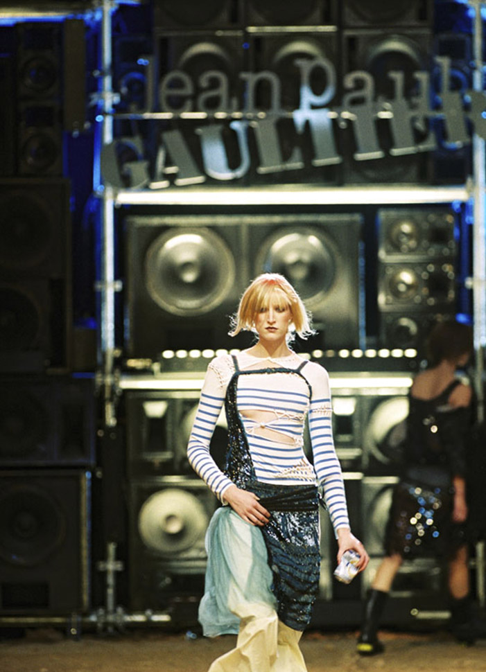 jean-paul-gaultier-iconic-designs-le-marinaire-runway