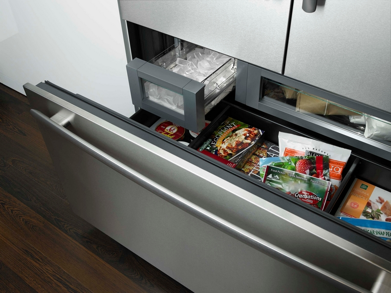 Jenn-Air refrigerator with Obsidian interior---