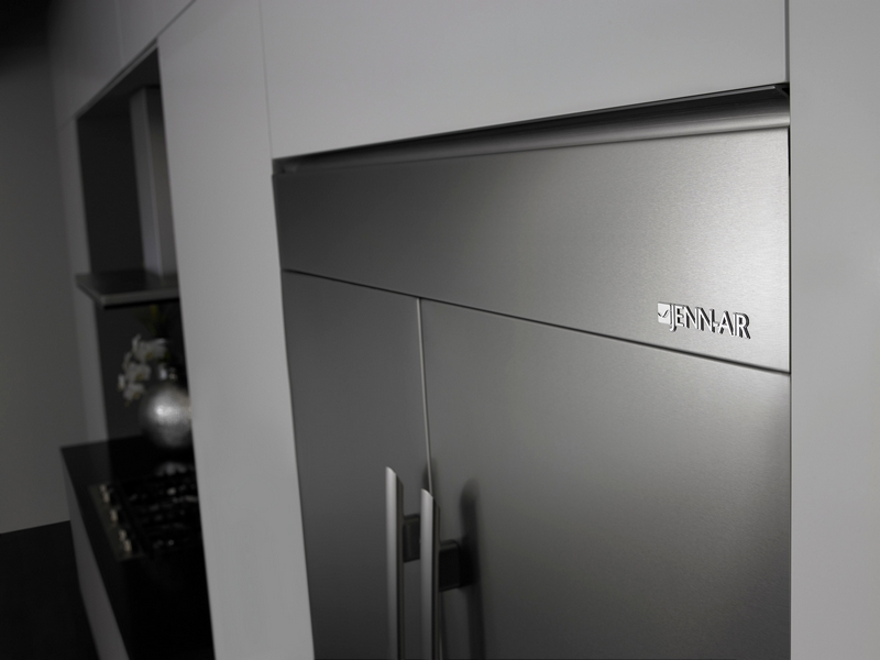 Luxury refrigerator design from the inside out2luxury2 com for Jenn air obsidian refrigerator