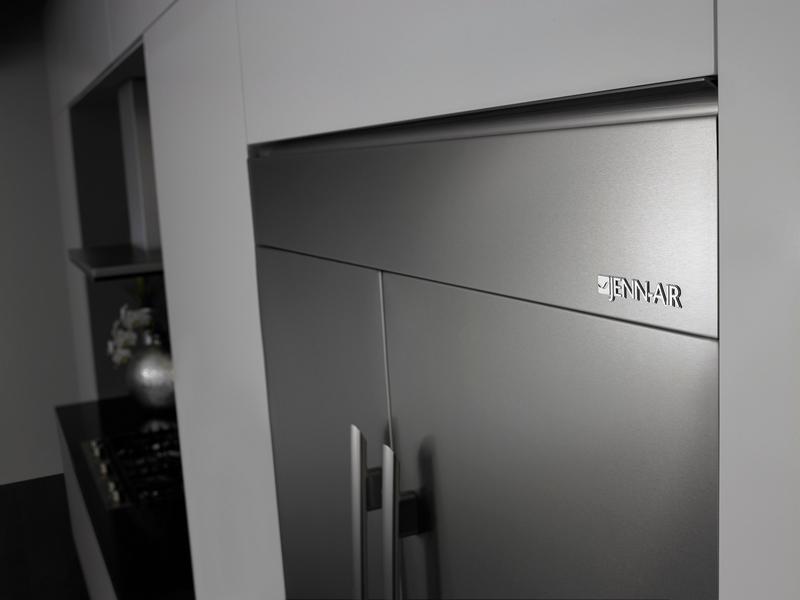 Jenn-Air refrigerator with Obsidian interior-2015-