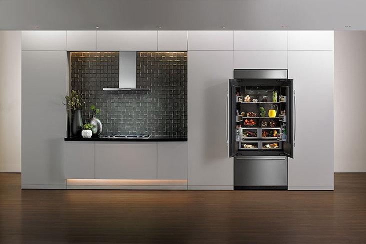 Jenn-Air refrigerator with Obsidian interior-2015