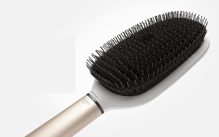 kerastase-unveils-worlds-first-smart-hairbrush
