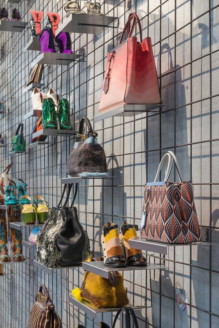 KARL LAGERFELD MODEMETHODE exhibition 2015 Bundeskunsthalle Bonn