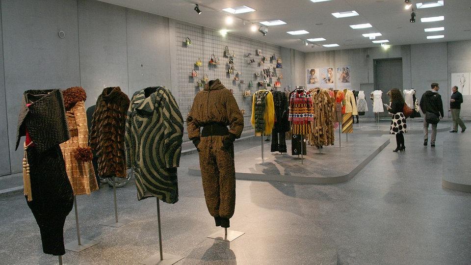 KARL LAGERFELD MODEMETHODE exhibition 2015 in Bonn