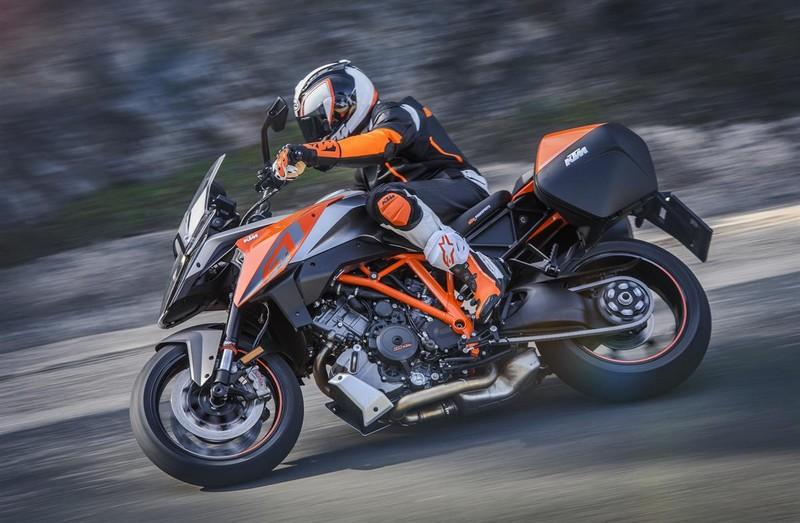 KTM 1290 SUPER DUKE GT_the fastest V-twin Sports Touring bike in the world-