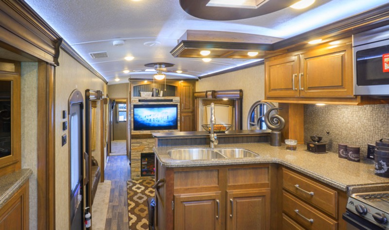 Keystone Montana 3820fk Named 2016 Rv Of The Year
