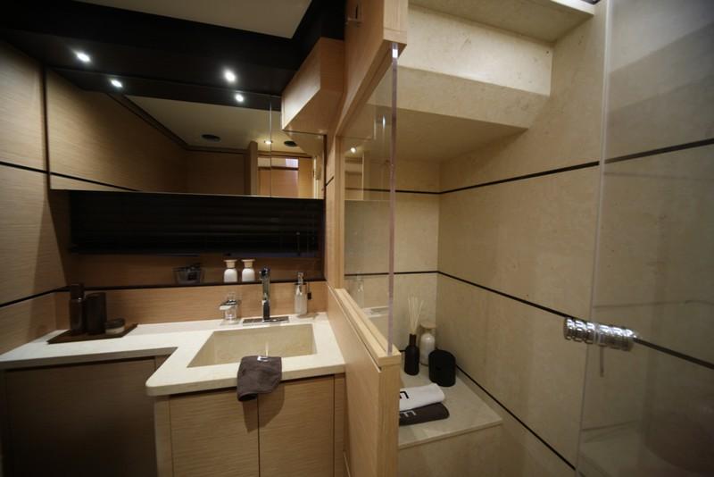 Kifaru Askari 657 yacht-interior-