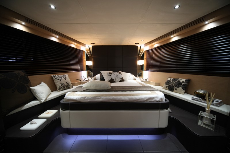 Kifaru Askari 657 yacht-interior