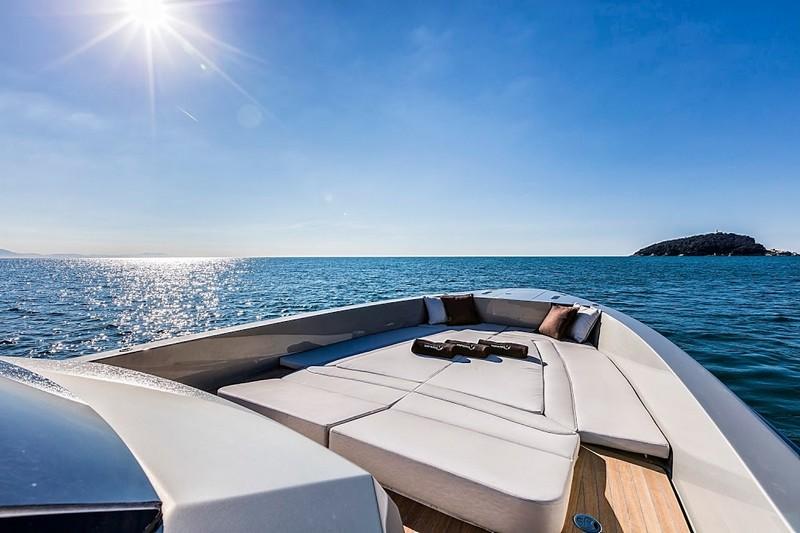 Kifaru Baby Yacht 2015 model-