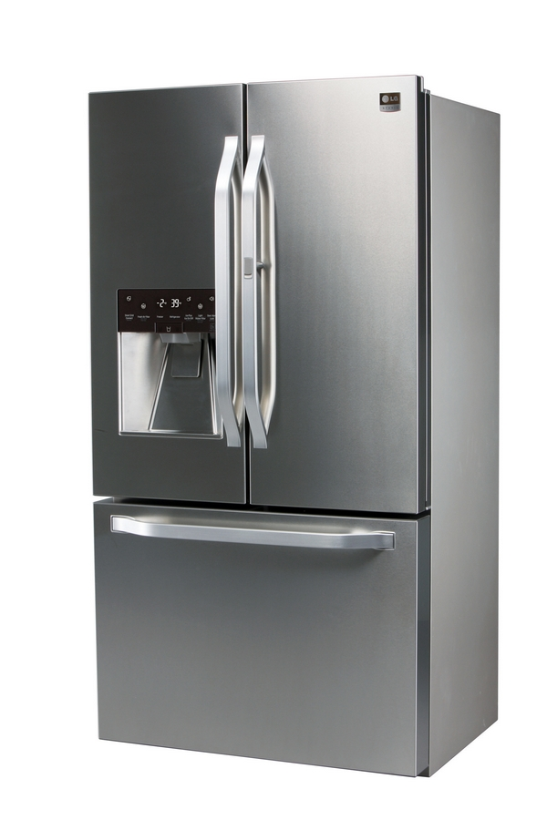 LG Studio's artistic advisor and renowned interior designer Nate Berkus has inspired the design of this new LG Studio 3-Door Counter-Depth French refrigerator