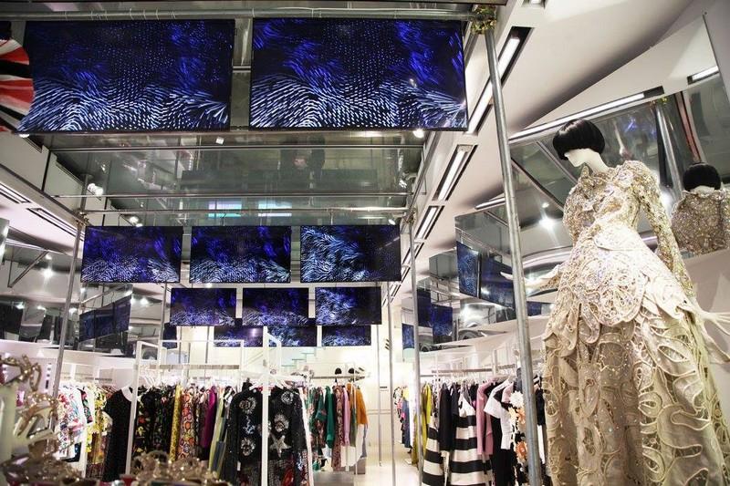 LUISAVIAROMA Concept Store in Firenze Italy-001