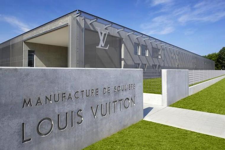 LVMH LouisVuitton shoes manufacture