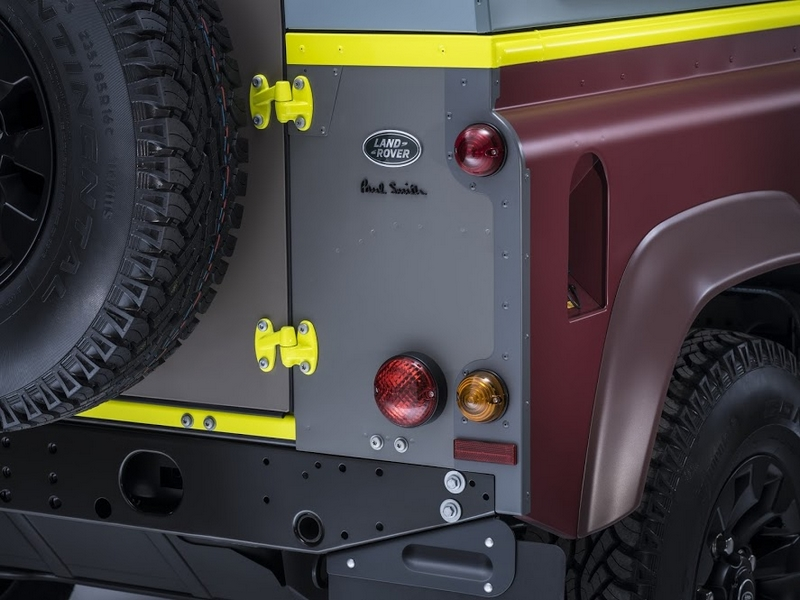 Land Rover's tailor-made Defender for Paul Smith-2015- details-