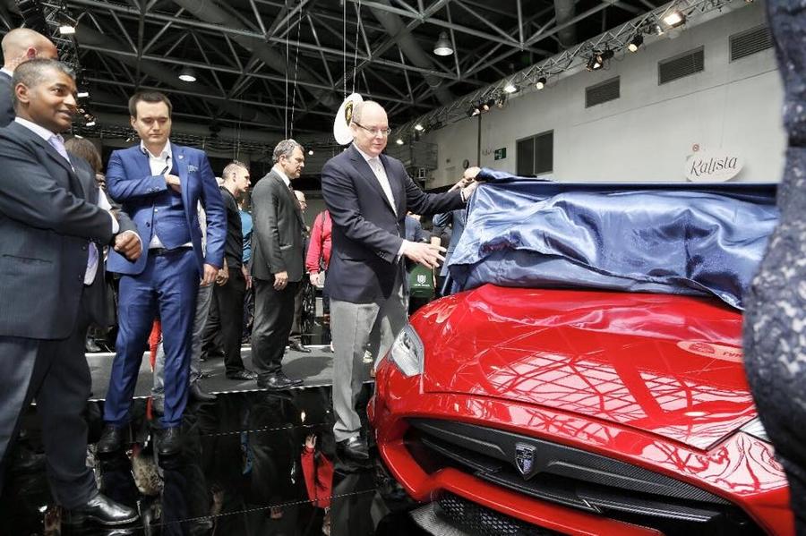 Larte Design at top marques monaco- Larte Design Tesla S Elizabeta