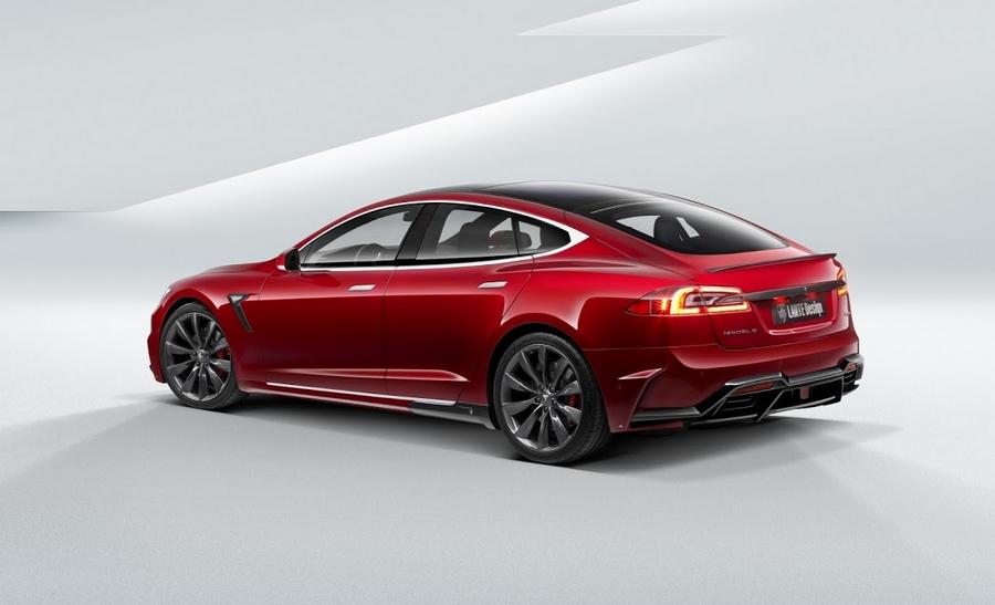 Larte Tesla and Range Rover