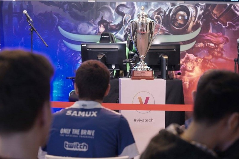 League Of Legends finals by PMU