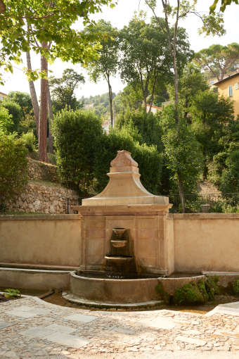 les-fontaines-parfumees-in-grasse-to-bring-the-best-of-french-know-how-in-haute-parfumerie