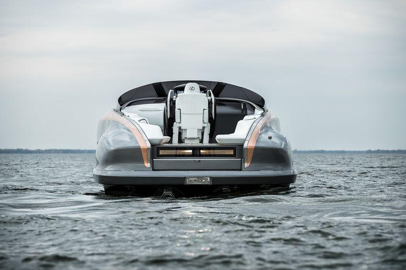 Lexus Sport Yacht Concept 2017- rear view