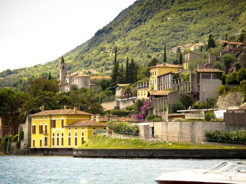 Limonaia LA Malora Gargnano, Lago di Garda-panoramic view from the lake