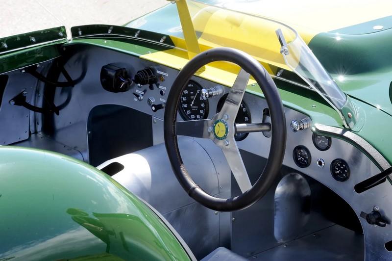 Lister Jaguar Stirling Moss Edition 2016-2luxury2-