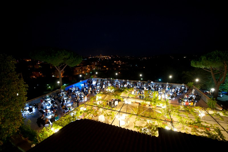 Location for weddings in Siena - find out why the Hotel Garden can be the perfect choice--2luxury2-by night