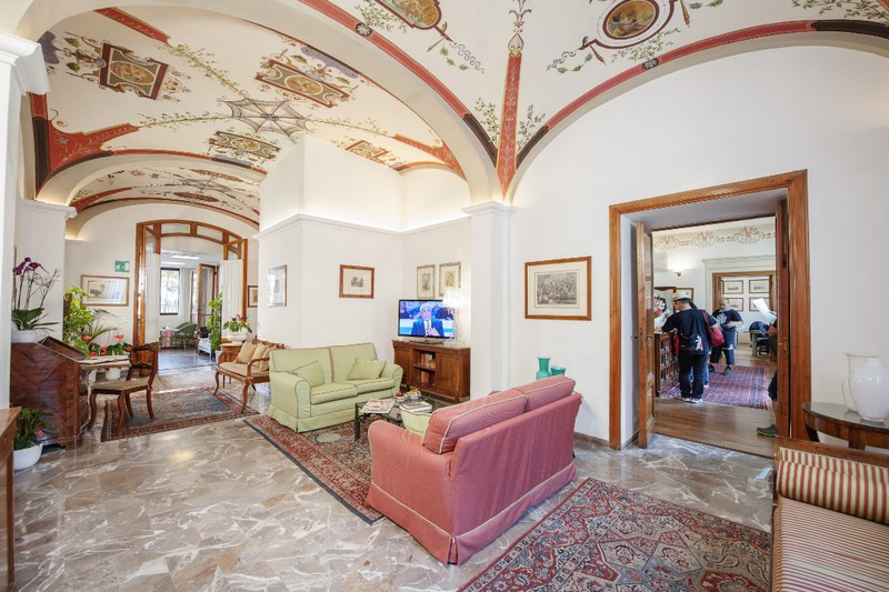 Location for weddings in Siena - find out why the Hotel Garden can be the perfect choice--2luxury2