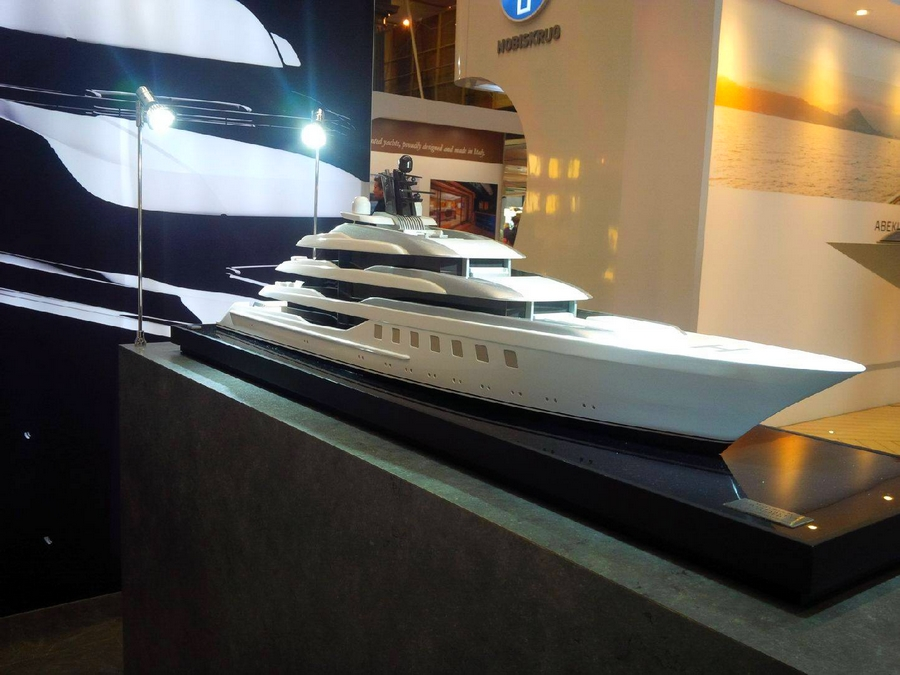 London Yacht Jet & Prestige Car Show 2015-Blohm+Voss Yachts