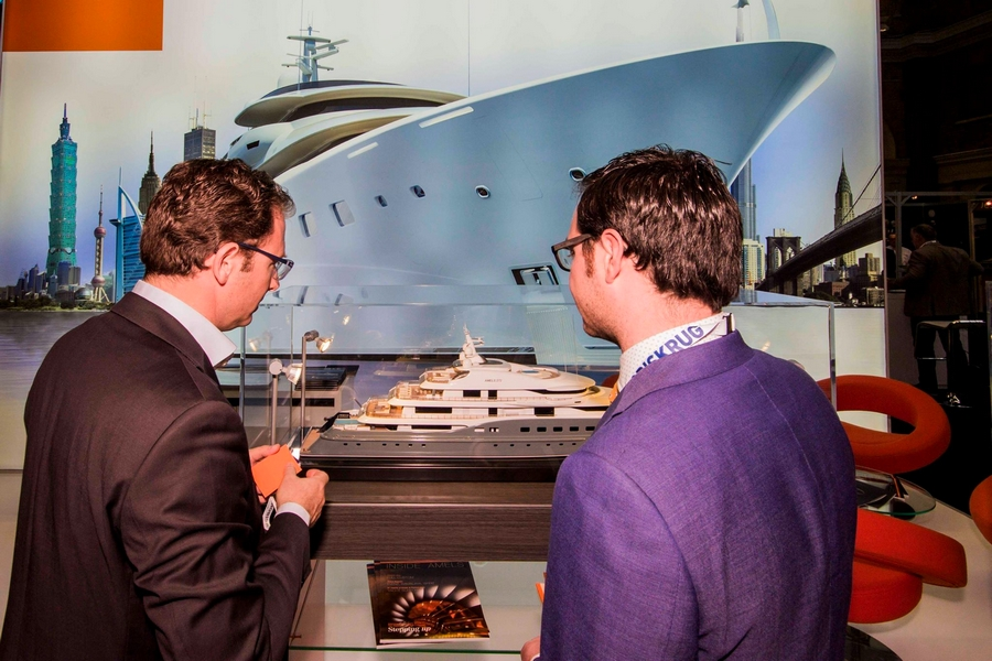 London Yacht Jet & Prestige Car Show 2015-yacht section