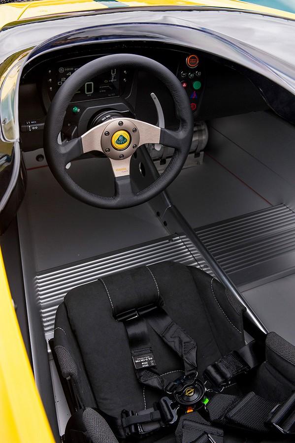 Lotus 3-Eleven cockpit