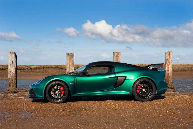 Lotus Exige Sport 350-green-by the sea