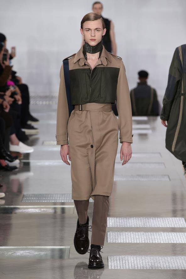 Louis Vuitton Mens Fall-Winter 2016 Fashion Show--001