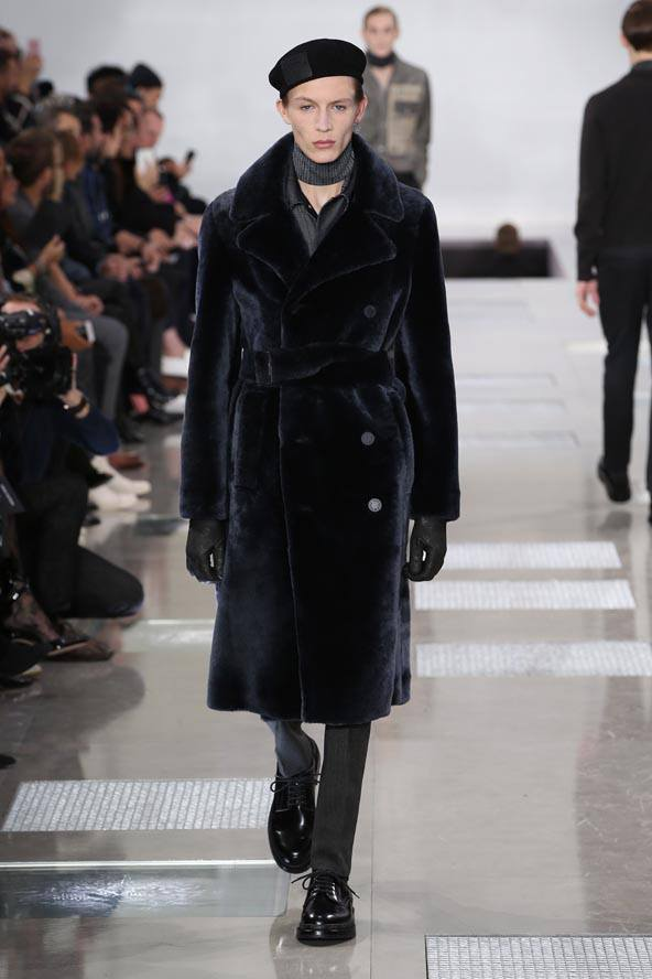 Louis Vuitton Mens Fall-Winter 2016 Fashion Show--