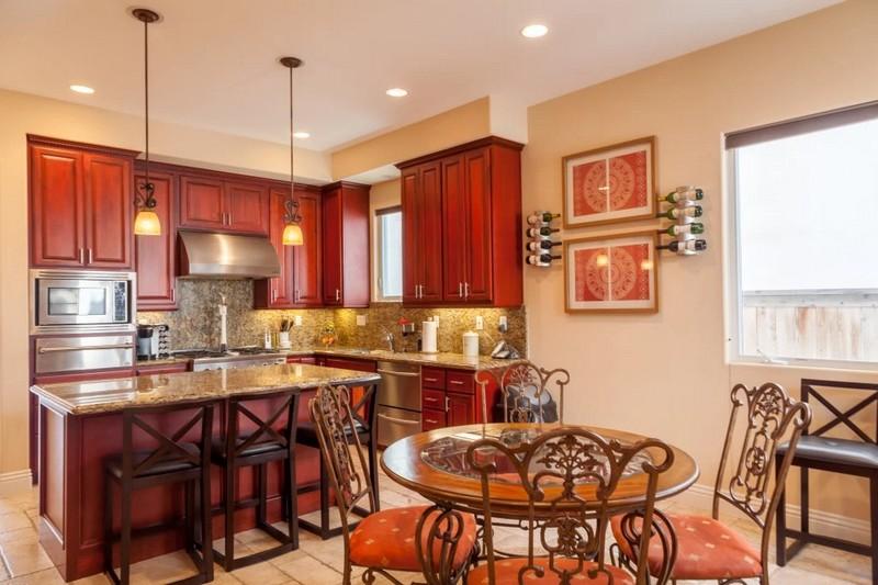 Luxury Homes of the world - 305 16th Street, Huntington Beach, CA - malakaisparks-kitchen